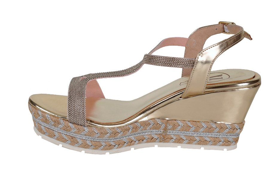 069fceb7a85c VITTI LOVE sandále zlato-strieborné. Next